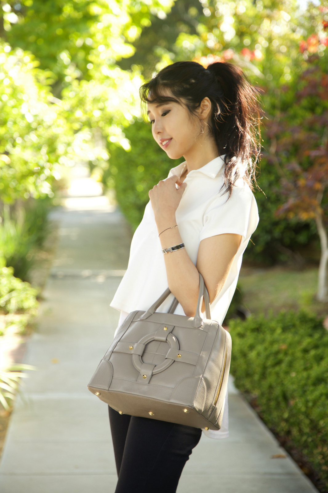 ally gong homanz bag korean style idol kpop celebrity fashion inspiration ponytail cute pretty japanese ootd fblogger leather bag los angeles palo alto bay area fashion blogger chinese model miss asia america iu idol